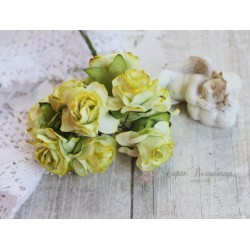 Дикая роза, цвет лимонный, 3см, 1шт