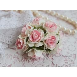 Дикая роза, цвет белый с розовой серединкой, 3см, 1шт