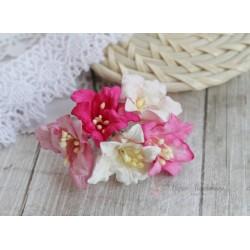 Букетик лилий, розовые тона, 5см, 5 цветочков разных цветов