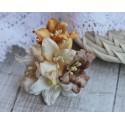 Букетик лилий, кремовые тона, 5см, 5 цветочков разных цветов
