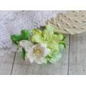 Букетик лилий, оттенки зеленого, 5см, 5 цветочков разных цветов