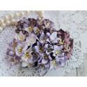 Букетик лилий, лиловые тона, 3см, 4 цветочка разных цветов