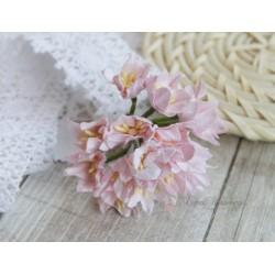 Лилия, цвет нежно-розовый, 3см, 1 цветок