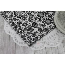 Ткань черный рисунок на белом, х/б, 51*75см.