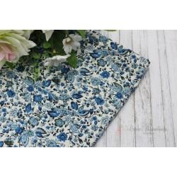Ткань Голубые цветочки на белом, х/б, 52*73см.