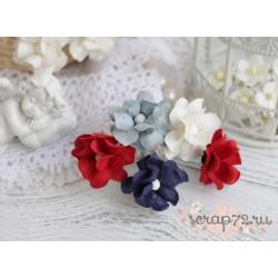 Букетик кудрявых лютиков, сочетание красного и синего, 2см, 5 цветочков