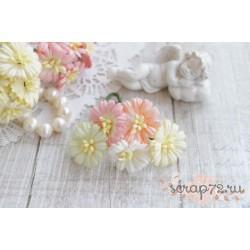 Букетик маргариток, белые и розовые цвета, 2.5см, 5шт.