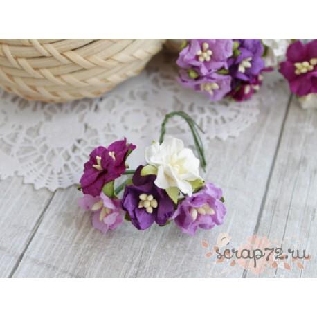 Букетик миниатюрных гардений, лиловые тона, 20мм, 5 цветочков