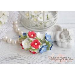 Букетик лютиков, сине-бело-красное сочетание, 1.5см, 5 цветочков
