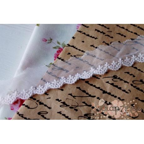 Кружево декоративное на сетке, 2.5 см, цвет бледно-розовый, 1м