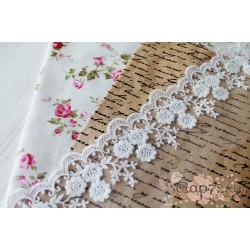 Кружево декоративное на сетке, 8.5 см, цвет белый, 90см