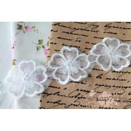 Кружево декоративное, 4.5 см, цвет белый, 90см