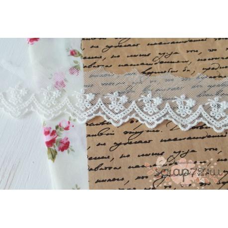 Кружево декоративное на сетке, 8 см, цвет белый, 90см