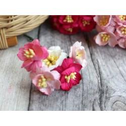Букетик из цветов вишни, розовые тона, 2.5см, 5шт.