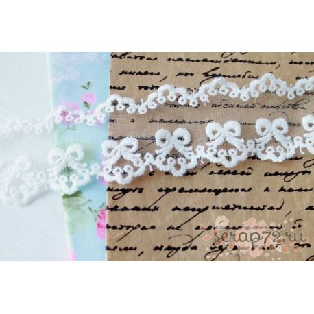 Кружево декоративное на сетке, 4,5 см, цвет белый,  90 см