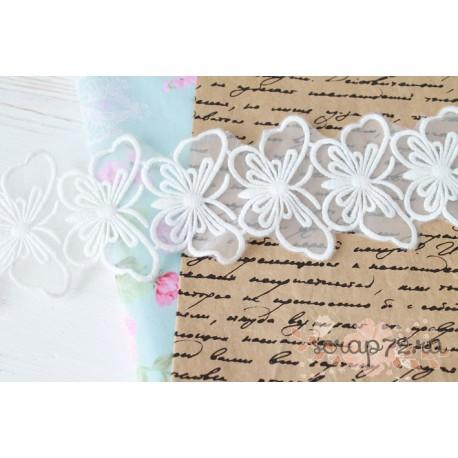 Кружево декоративное на сетке, 7 см, цвет белый, 90 см.