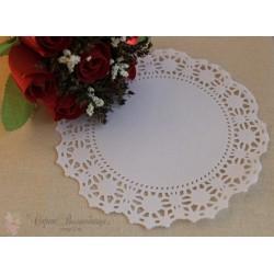 Салфетка ажурная с цветочками, цвет белый, 16.5см