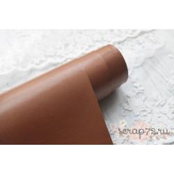 Переплетный кожзам (экокожа) глянцевый, цвет светло-коричневый (Италия) 33*35см
