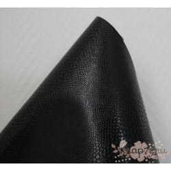 """Кожзам на флизелиновой подложке """"Змея"""", цвет черный,  34х35см"""