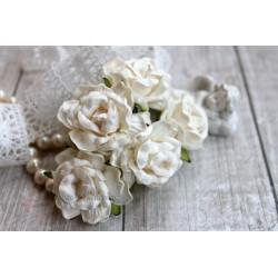 Дикая роза, цвет слоновая кость, 4см, 1шт