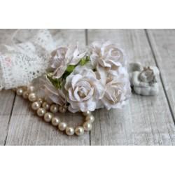 Дикая роза, цвет белый, 4см, 1шт