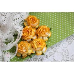 Чайная роза, цвет насыщенный желтый, 4см, 1шт