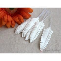 Листочки папоротника, цвет белый, 6см, 10шт.