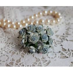 Роза, цвет белый с голубой окантовкой, 15 мм, 1 шт.