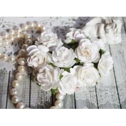 Роза мальбери, цвет белый, 30мм, 1цветок