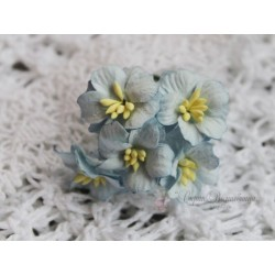 Цветок яблони, цвет голубой, 2см, 1 цветочек