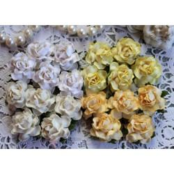 Розы коттеджные, кремовые оттенки, 25мм, букет из 4 розочек белого, кремового и оранжевого цветов