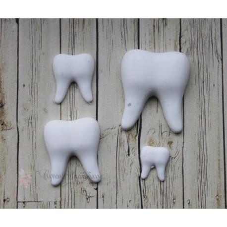 "Набор пластиковых фигурок  ""Набор зубиков"", от 15 до 25 мм, 4шт."